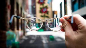 Naočalne leće hoya